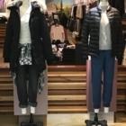 Aritzia - Magasins de vêtements pour femmes - 604-435-7975
