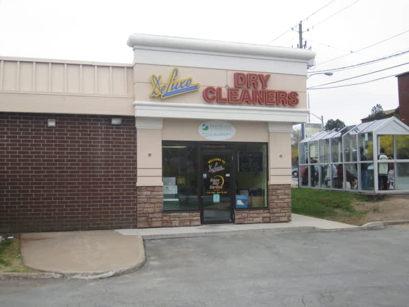 photo Deluxe Dry Cleaners & Tailors