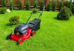 Stay Sharp with these Vancouver Lawn Mower Shops