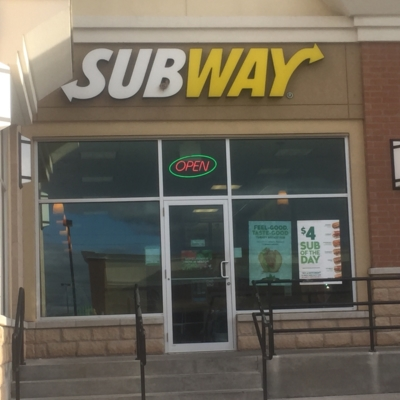 Subway - Restaurants - 905-686-7480