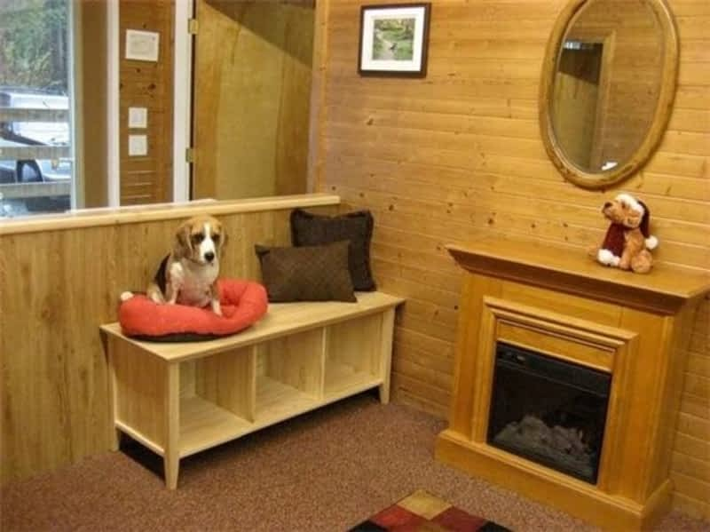 K 9 Country Cottage Sidney Bc 1550 Tatlow Rd Canpages