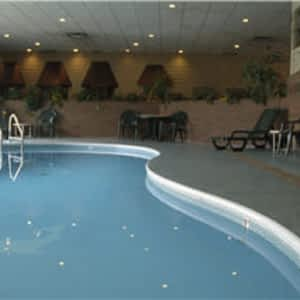 Quality Hotel & Conference Centre - 424 Gregoire Dr, Fort McMurray, AB