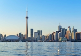 Take a tour of Toronto's top attractions