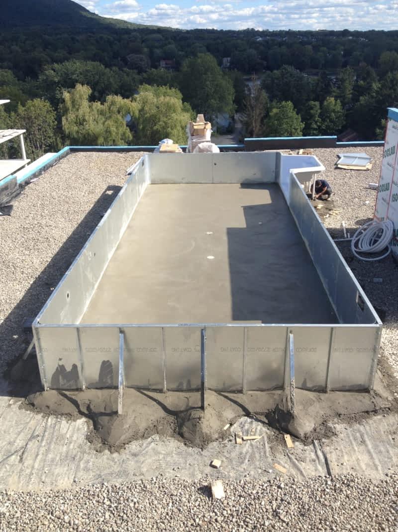 Piscines aquanivo inc pointe calumet qc 350 51e for Cash piscine 82
