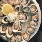Fanny Bay Oyster Bar & Shellfish Market - Restaurants - 778-379-9510