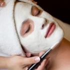 The Wellness Spa - Salons de coiffure et de beauté - 250-860-4985