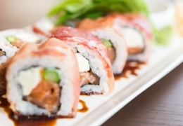 Toronto sushi  spots that delivery uptown and midtown