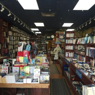 Boutique Relire - Rare & Used Books