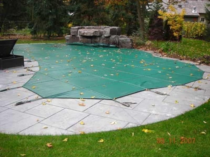 Pressure clean pools oakville on 2210 speers rd for Pressure clean pools