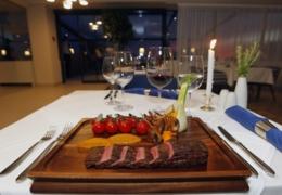 Restaurants in Edmonton with amazing atmospheres