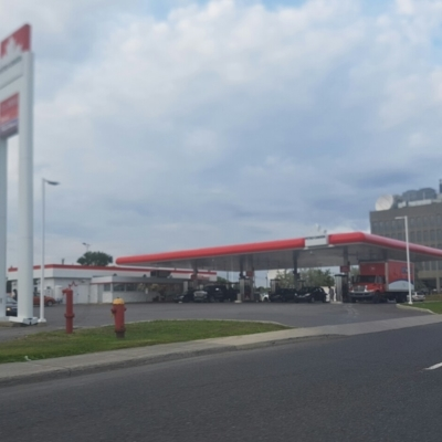 Petro-Canada - Gas Stations - 514-421-6199