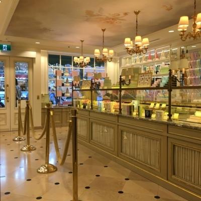 Ladurée - Pastry Shops - 604-336-3030