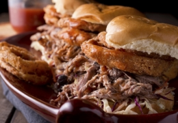 Find finger-licking good barbecue joints in Ottawa