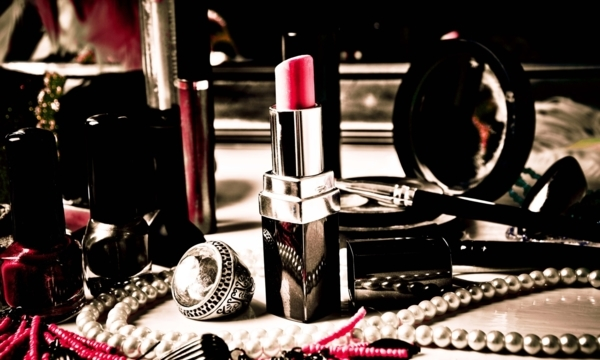Edmonton beauty shops with fab products   YP Smart Lists