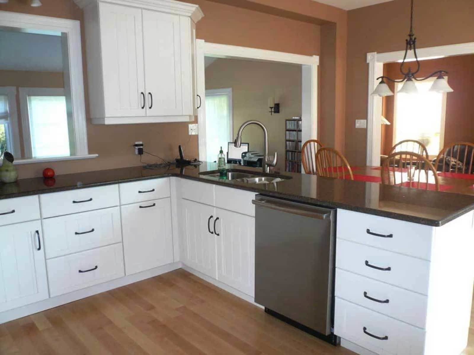 hgtv kitchen tips ideas distressed options pictures cabinets cabinetry remodel