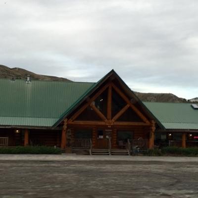 Bear's Claw Lodge - Motels
