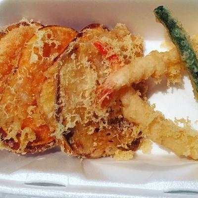 Damiko Sushi - Sushi & Japanese Restaurants - 604-531-0006