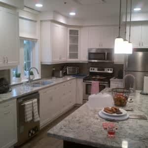 Premier Kitchens   Photo ...