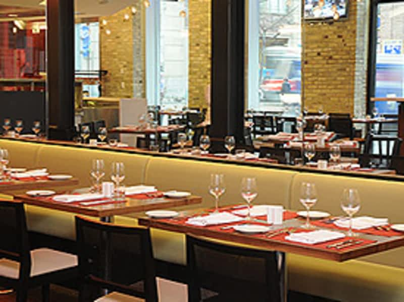 The chef 39 s house york on 215 king st canpages for Aroma fine indian cuisine toronto on canada