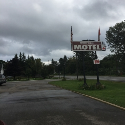 Norfolk Motel - Hotels - 506-472-3278