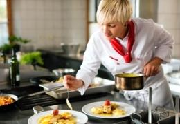 Edmonton restaurant kitchens where women call the shots