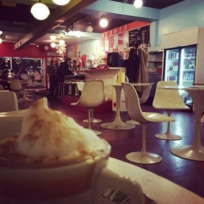 Atomic café - Coffee Shops