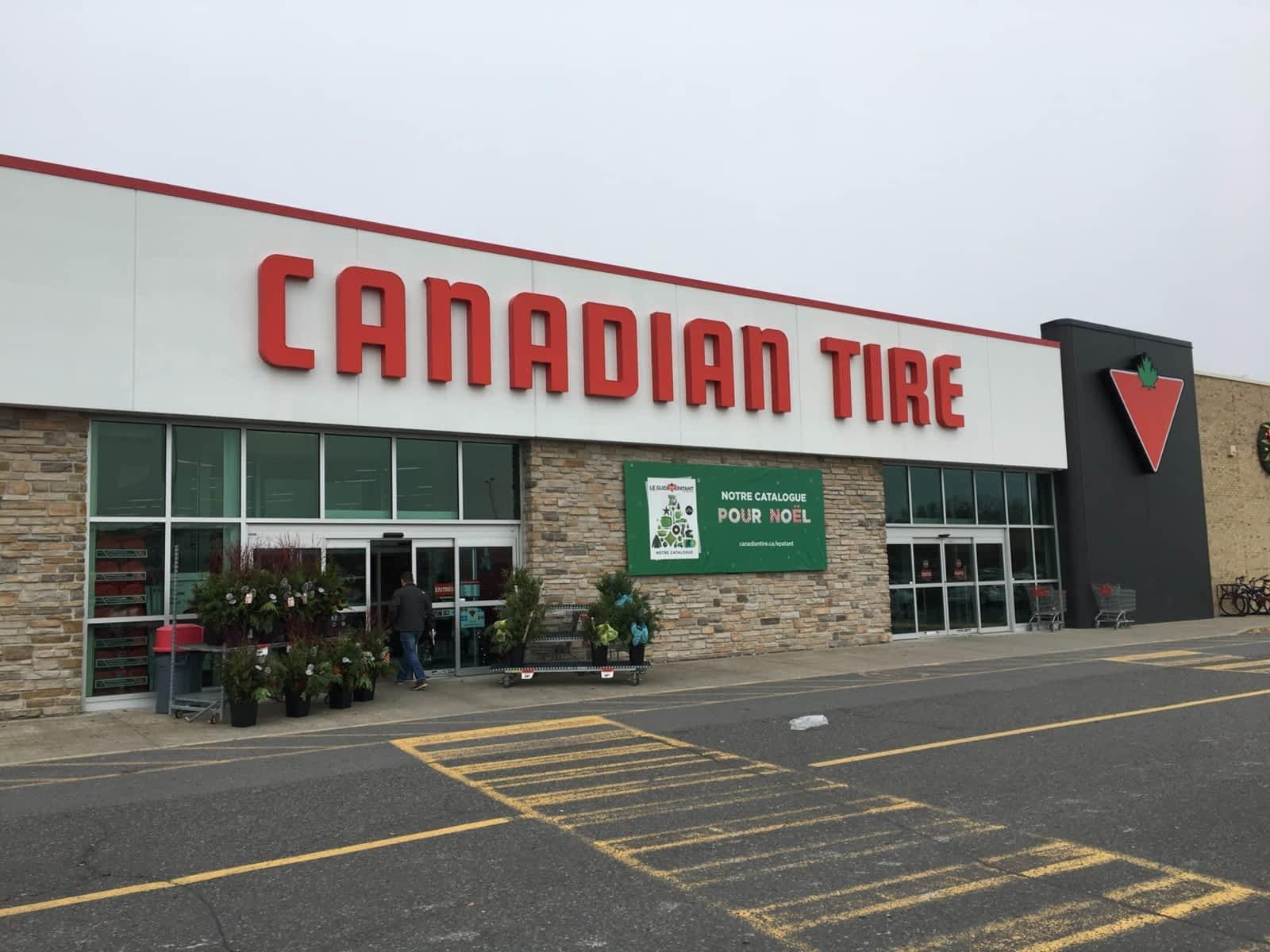 Canadian Tire - Opening Hours - 600, boul Laurier, Beloeil, QC
