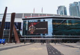 Where to eat near the Air Canada Centre in Toronto
