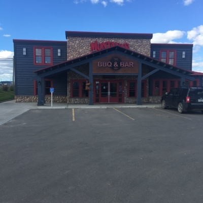 Montana's BBQ & Bar - Restaurants
