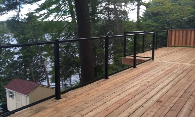 photo RG Deck & Fencing Inc