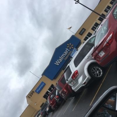 Walmart Supercentre Pharmacy - Grands magasins - 506-452-0870