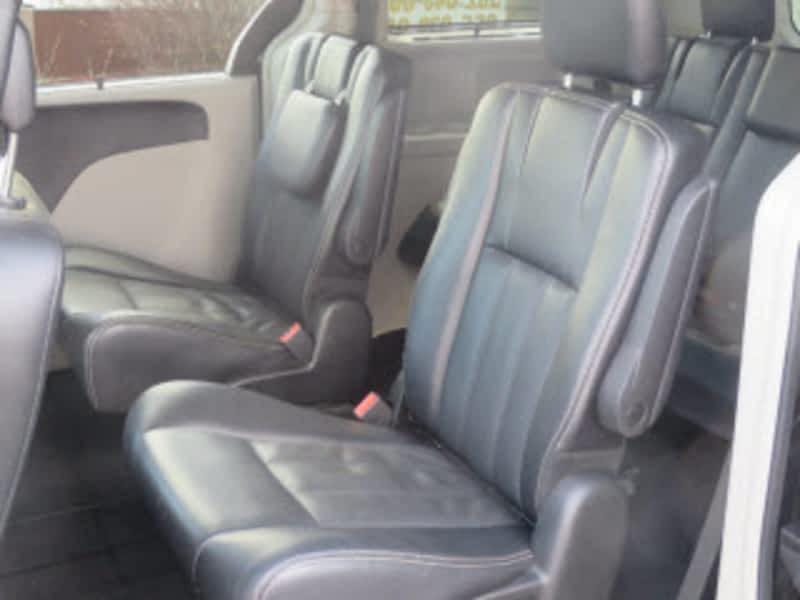 Luxury Car Rental Sydney Ns