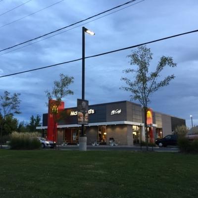 McDonald's - Restaurants - 450-347-3412
