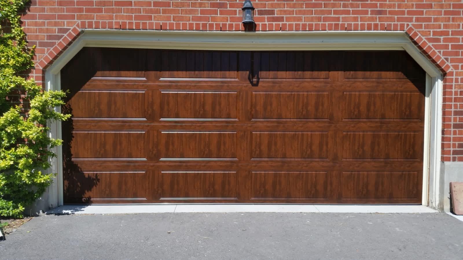 100 Garage Doors Ontario Orleans Inc Repair