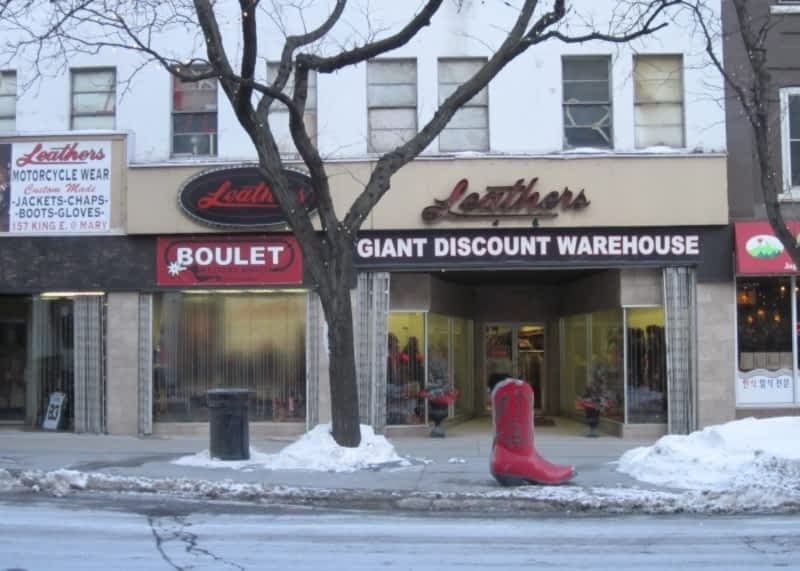 photo Leathers Giant Discount Warehouse