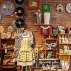 Coccinelle Jaune - Gift Shops - 514-259-9038