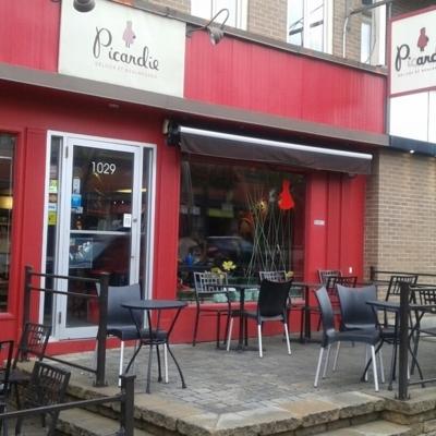 Café Les Cousins - Traiteurs - 418-522-8889