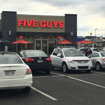 Five Guys - Fast Food Restaurants - 450-462-2333