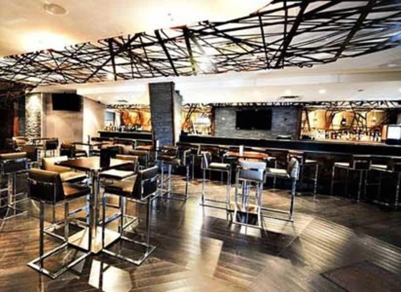 photo &Company Resto Bar