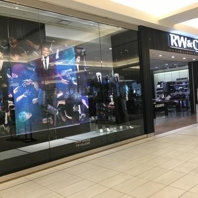 RW & CO. - Clothing Stores