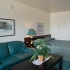 The Lodge Motor Inn - Hotels - 780-539-4700