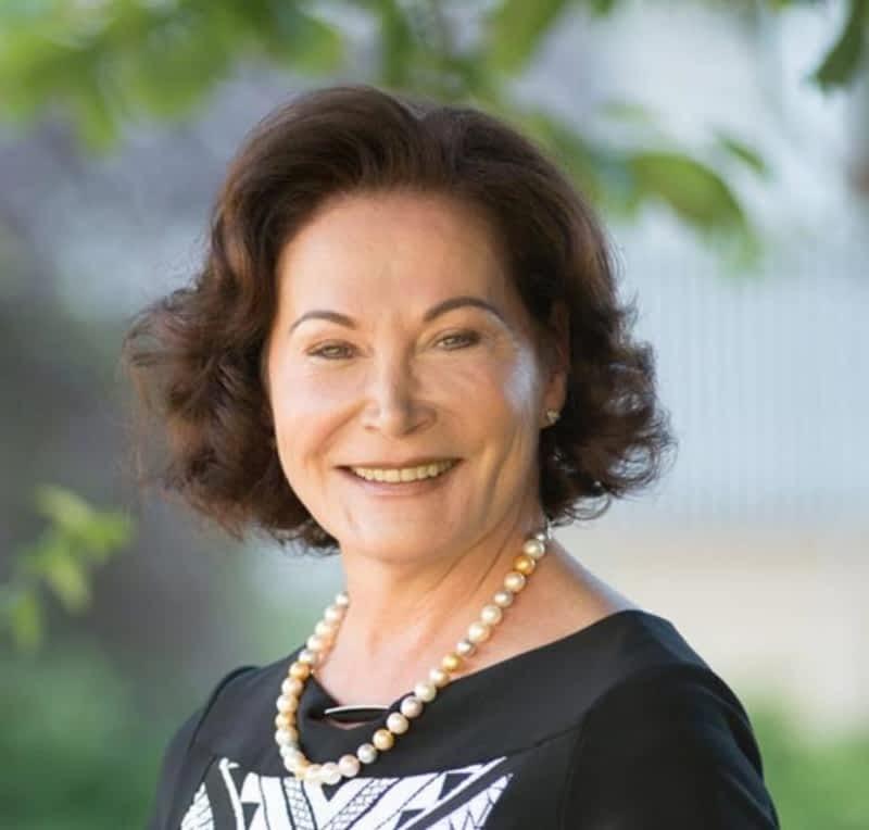 photo Dr Lynn Superstein-Raber