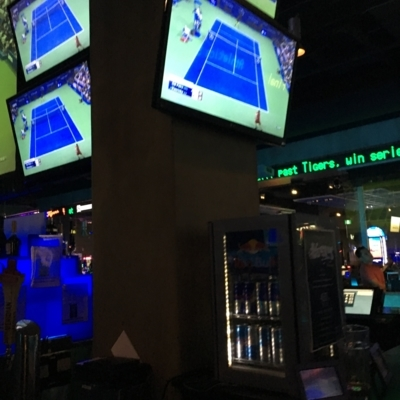 Shark Club Sports Bar & Grill - Bars-salons licenciés