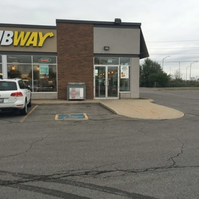 Subway - Restaurants - 450-585-7317