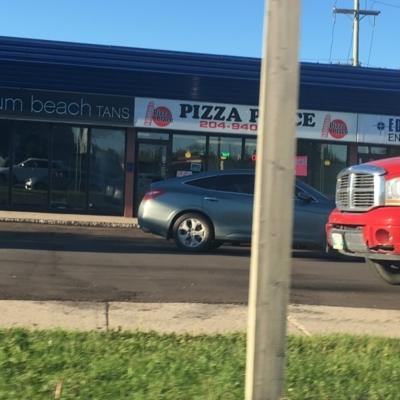 Pizza Place - Pizza et pizzérias - 204-940-6710