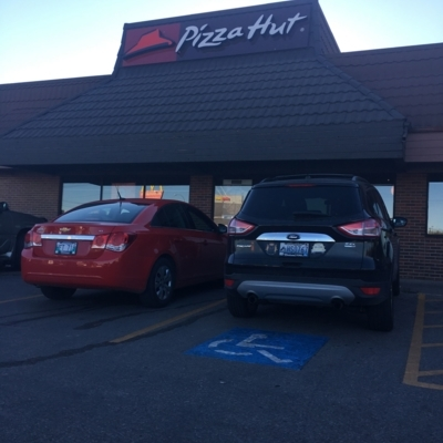 Pizza Hut - American Restaurants - 204-953-4124