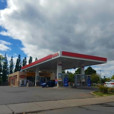 Esso - Gas Stations - 514-626-0999