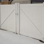 Basic Vinyl Fencing Ltd - Clôtures