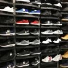 Foot Locker - Magasins de vêtements de sport - 403-280-1764
