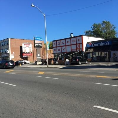 Square Boy Drive In - American Restaurants